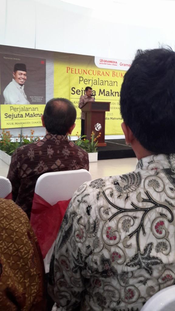 Suasana di aula gedung Gramedia Matraman Jakarta Timur saat acara peluncuran buku pak Nur Mahmudi Isma'il (foto: Sitti Rabiah)