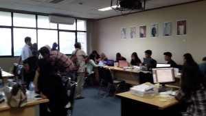 Suasana pelatihan calon pebisnis di kampus President University, Cikarang, Kabupaten Bekasi (foto : Siti Rabiah)