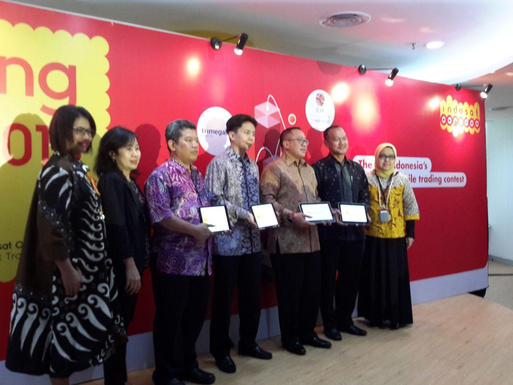 Petinggi Indosat Ooredoo, Bursa Efek Indonesia, Trimegah saat Launching ISTC2 (foto: Sitti Rabiah)