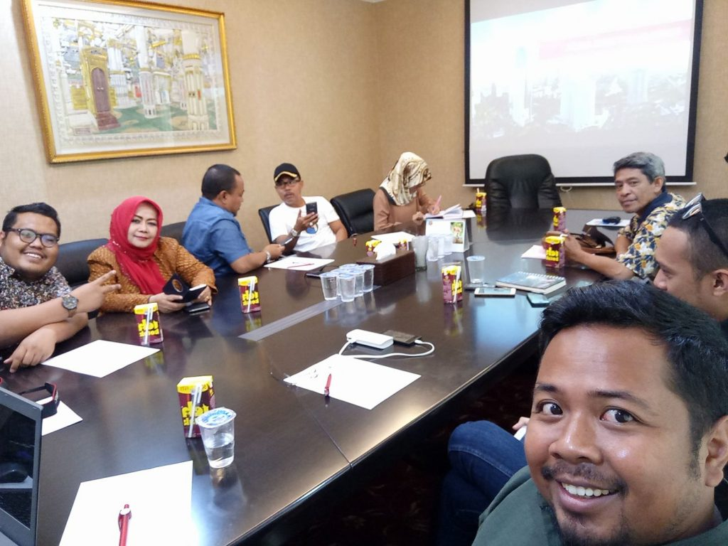 Suasana sebelum pelatihan pengelolaan Media Online Vonis Tipikor (foto dok Reza Sulrahman/DPP GNPK Sulsel)