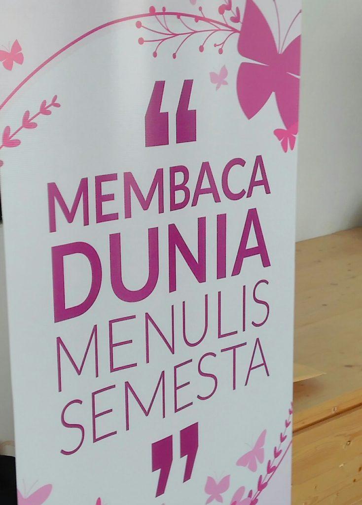 Tema acara yang diusung Blogger Muslimah (foto Bunda Sitti Rabiah