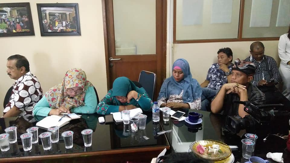 Serius mengikuti materi di acara sarasehan Gedung Perfilman Usmar Ismail, Jl Rasuna Said, Kuningan, Jakarta Selatan (foto : dok pribadi)