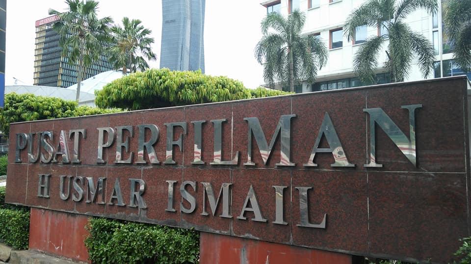 Tempat acara sarasehan Gedung Perfilman Usmar Ismail, Jl Rasuna Said, Kuningan, Jakarta Selatan (foto : dok pribadi)