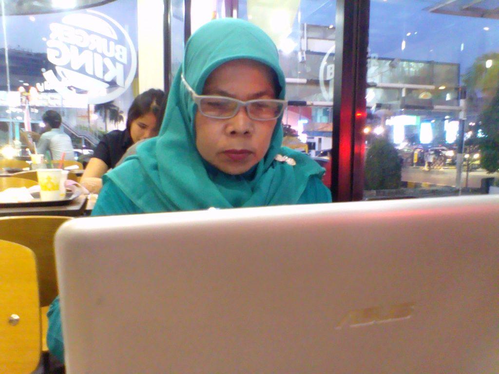 Laptop ASUS saya yang masih jadoel (foto dok pribadi)