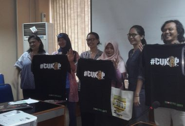 Blogger ikut kampanye antirokok (foto: Sitti Rabiah)